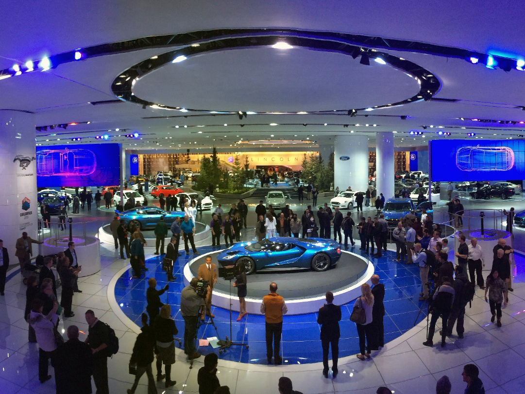 Ford Showcases Innovative Ways at 2015 NAIAS