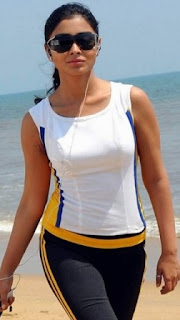 Latest Wet Unseen SHRIYA SARAN HOT Latest