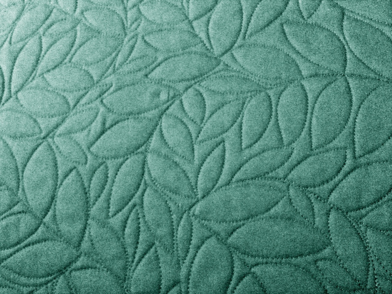 Free Motion Quilting Designs Easy : A Few Scraps: Leafy Branches: all over free motion quilting