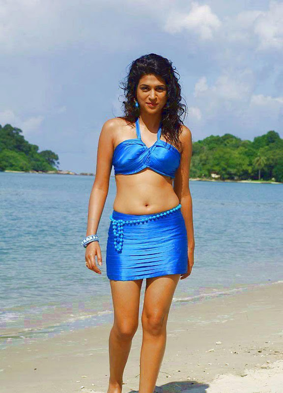 Shraddha Das HOT Navel Stills glamour images