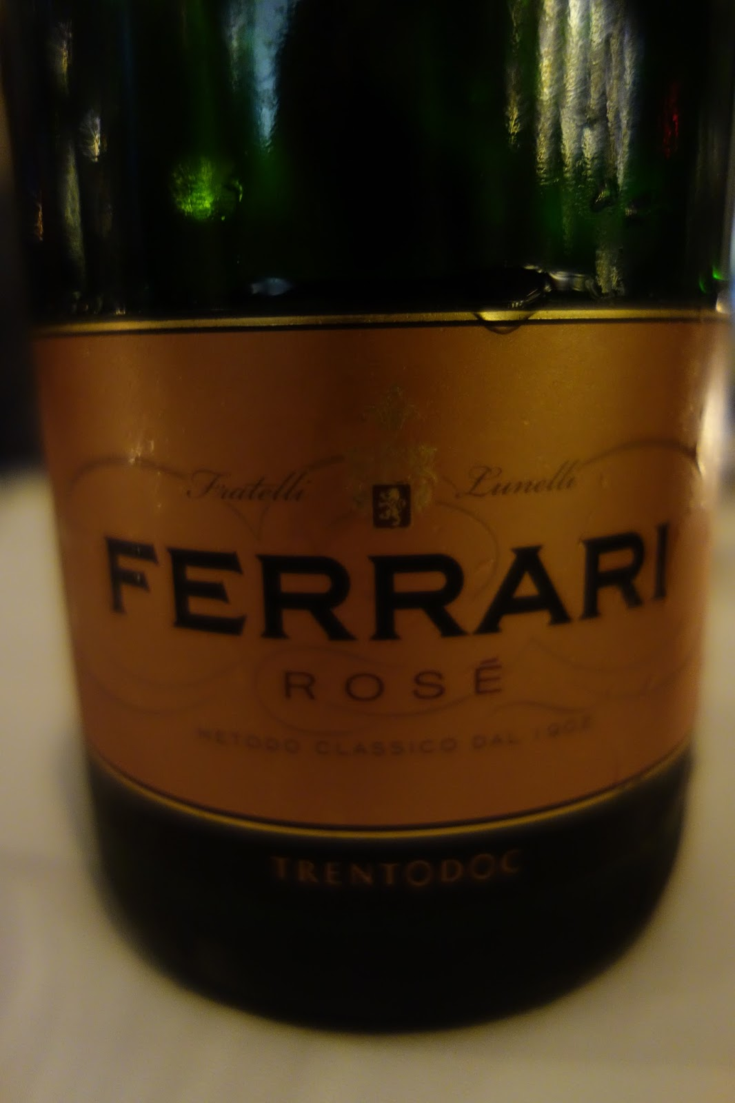 The passionate foodie october 2015 our welcoming sparkling wine was the nv ferrari brut ros 36 a blend of 60 pinot noir and 40 chardonnay which is made in the saignee manner and spent fandeluxe Gallery