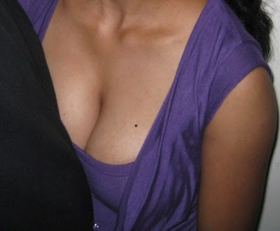Indian Girl Down Blouse Nip Slip