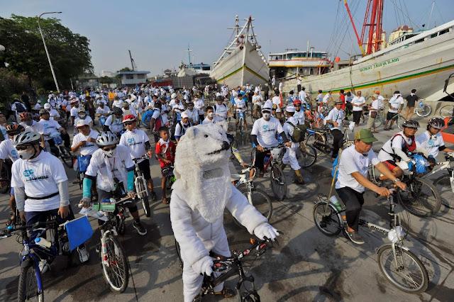 Para Bikers Serukan Penyelamatan Arktik