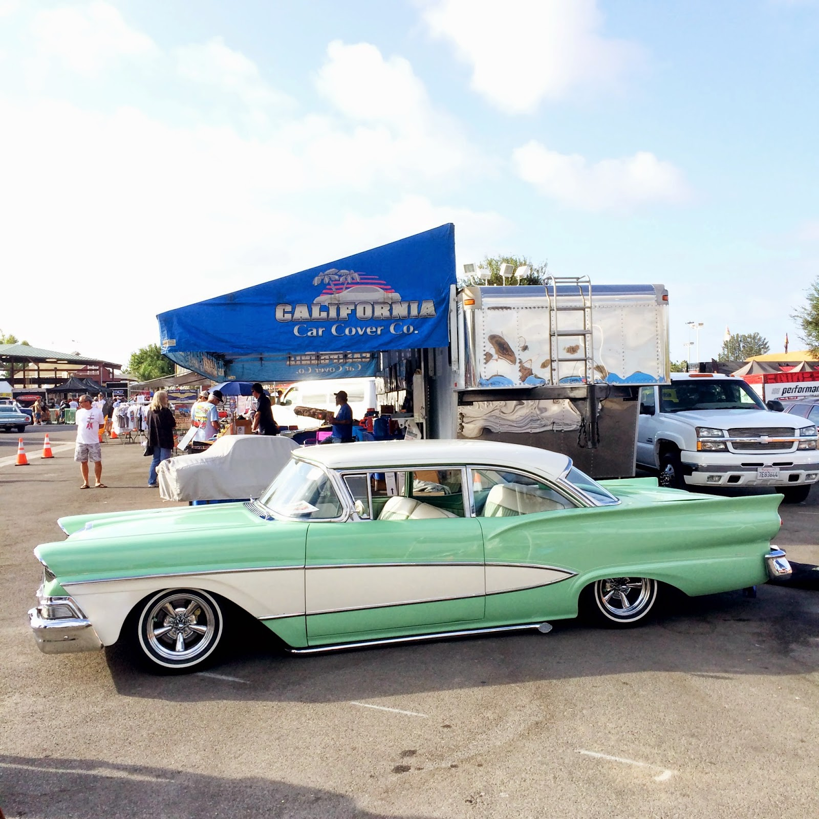 Covering Classic Cars : 15th Annual Cruisin\' for a Cure Car Show in ...