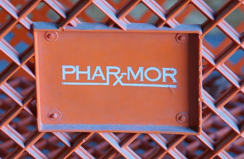 phar mor fraud 2018-9-29 phar-mor (stylized as pha℞-mor) was a united states chain of discount drug stores, based in youngstown, ohio, and founded by michael mickey monus and david shapira in 1982 some of its stores used the names pharmhouse and rx place (purchased in the mid-1990s from the fw woolworth company .