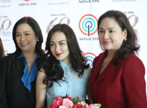 Meg Imperial signs a contract with ABS-CBN. Meg (center) with ABS-CBN CEO Charo Santos-Concio and Channel Head Cory Vidanes