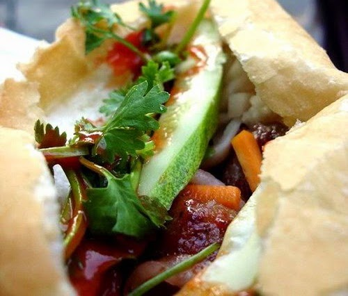 Banh Mi Vietnam (Traditional Vietnamese Bread Food)3