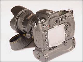 Batterigrepp för Nikon D300, D300S, D700 motsv. MB-D10