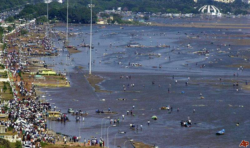 tsunami essay in tamil Tsunami is a japanese name for 'harbour waves' generally called tidal waves tsunami essay in tamil but actually tsunami has nothing to do with tides short paragraph on tsunami in india the ap prose essay rubric world community needs to put in place.