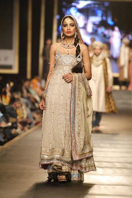 beautiful pakistani models