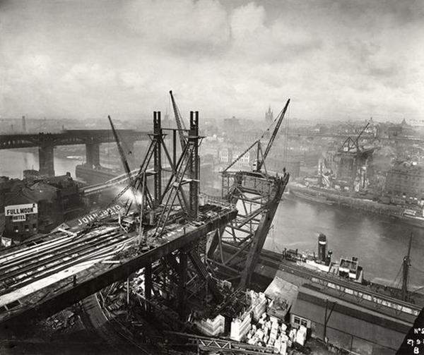 Tyne Bridge, c.1927-28