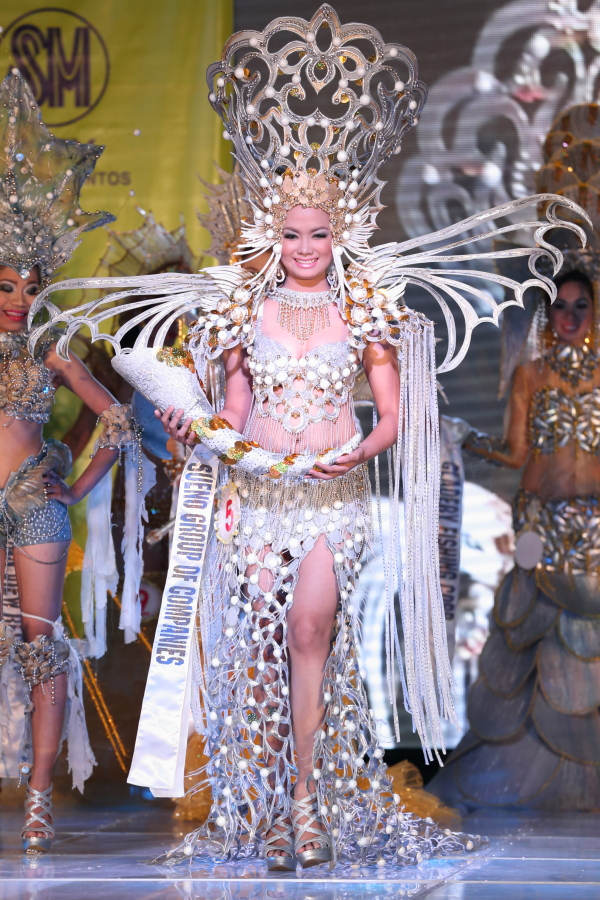 Candidate number 5 Ms. Sheryle Mae Eyong won this yearu0027s Best Festival Costume.  sc 1 st  Pinay Travelogue & Pinay Travelogue: The Prestigious Mr and Ms Gensan Pageant 2012 ...