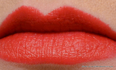 Wet N Wild Megalast Lipstick in Stoplight Red