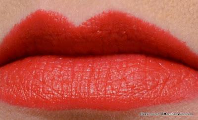 Wet N Wild Megalast Lipstick in Stoplight Red
