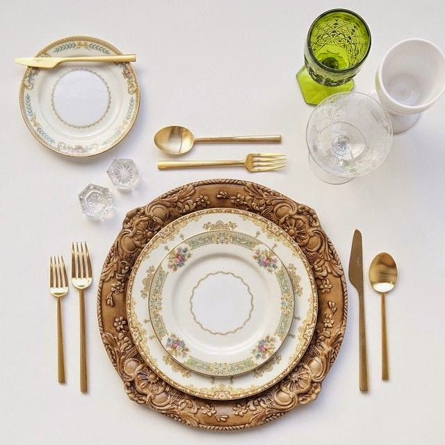 Hermanas bolena decoraci n la mesa perfecta c mo for Vajilla retro