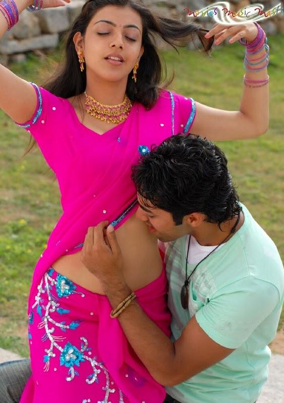 Hot navel kissing scenes