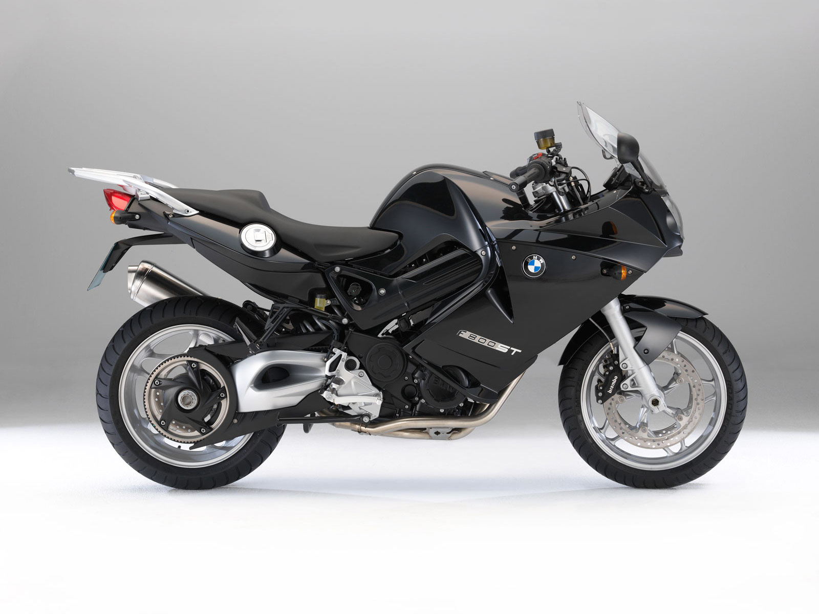 Motorcycle Race  BMW F800ST 2011