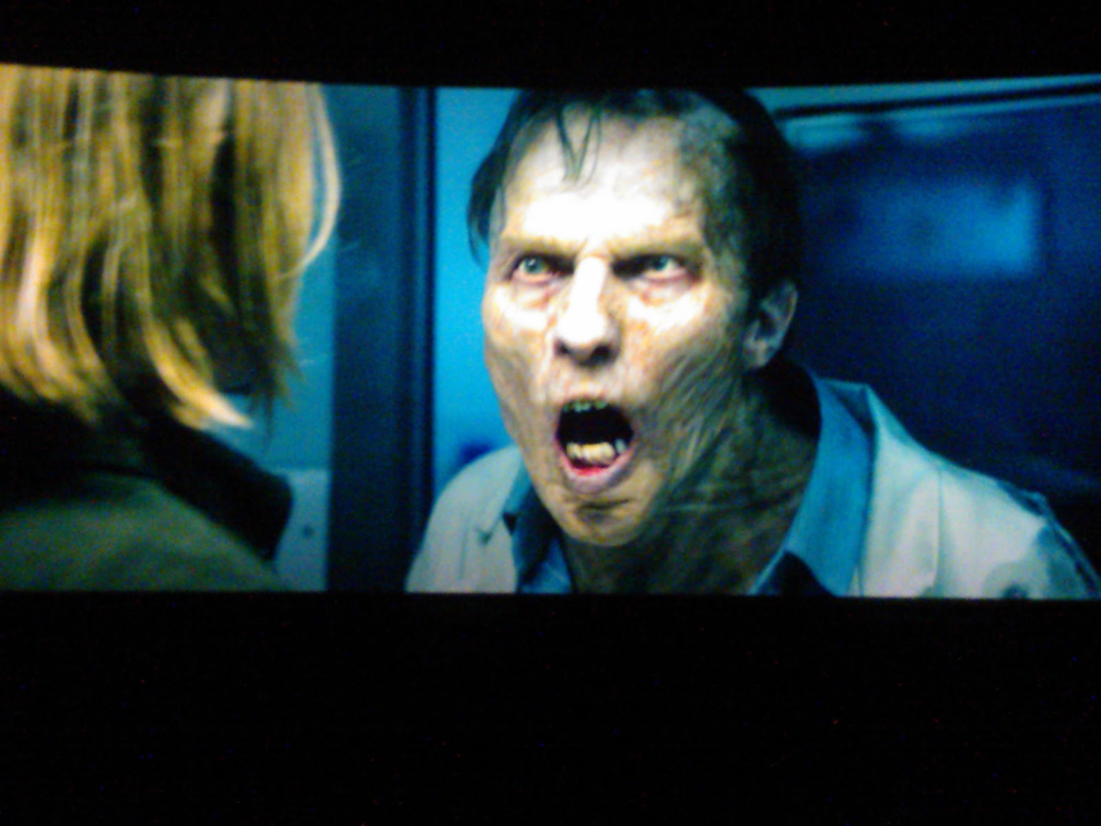 Zombie with bad teeth   I Am Legend Zombie Leader