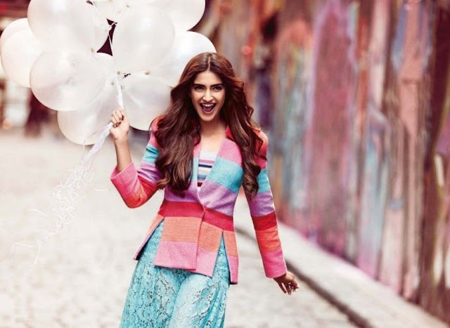 http://funchoice.org/celebrities/bollywood/sonam-kapoor-photoshoot-for-vogue-december-2015