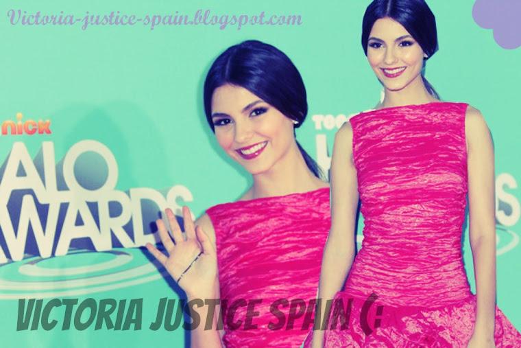 Victoria Justice Spain