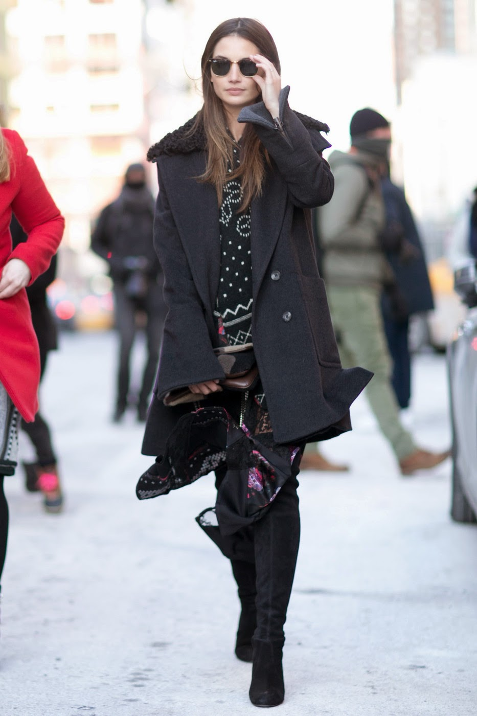 model street style lily aldridge arrives at nyfw the