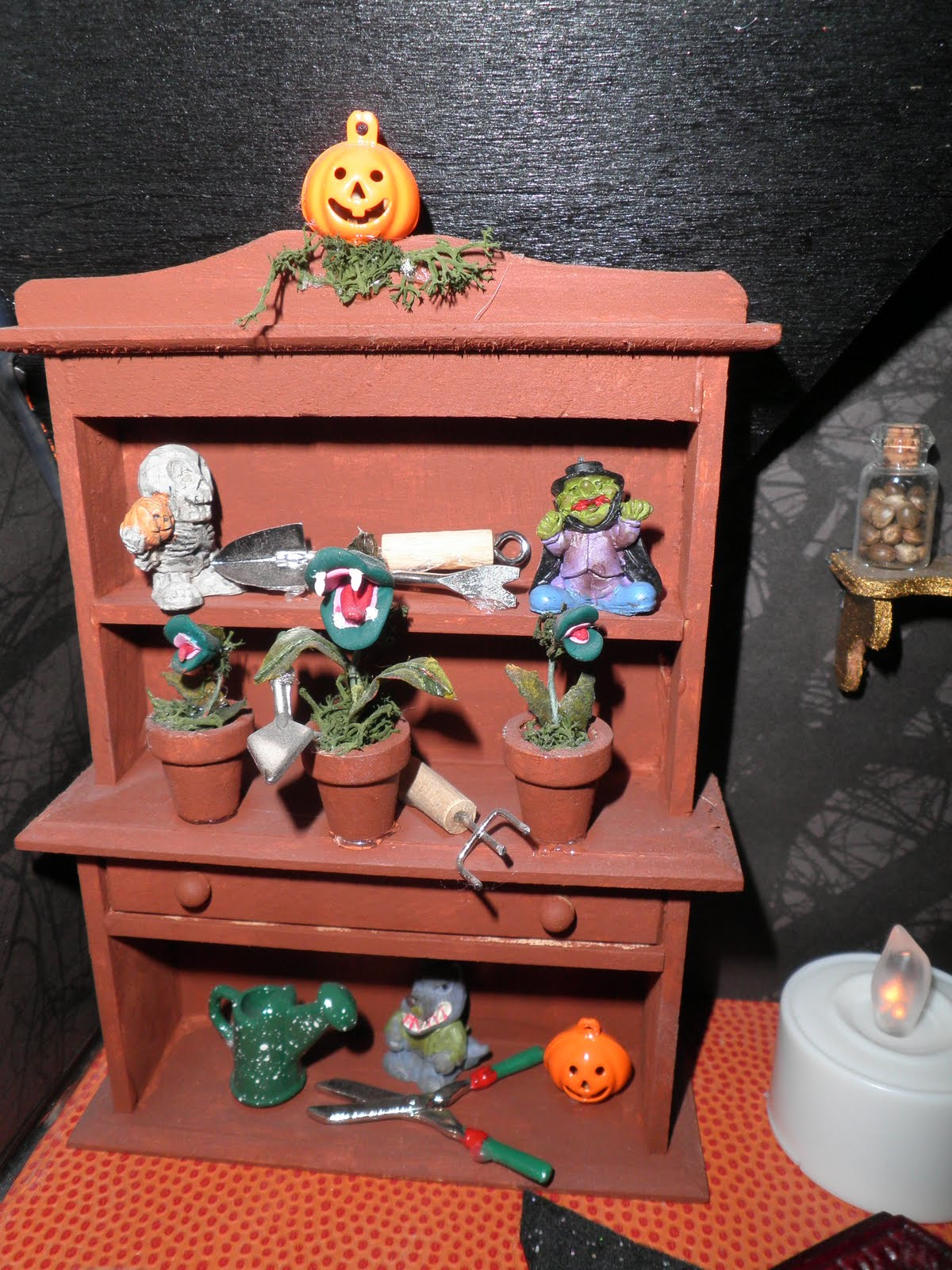 her collection of dreams halloween dollhouse