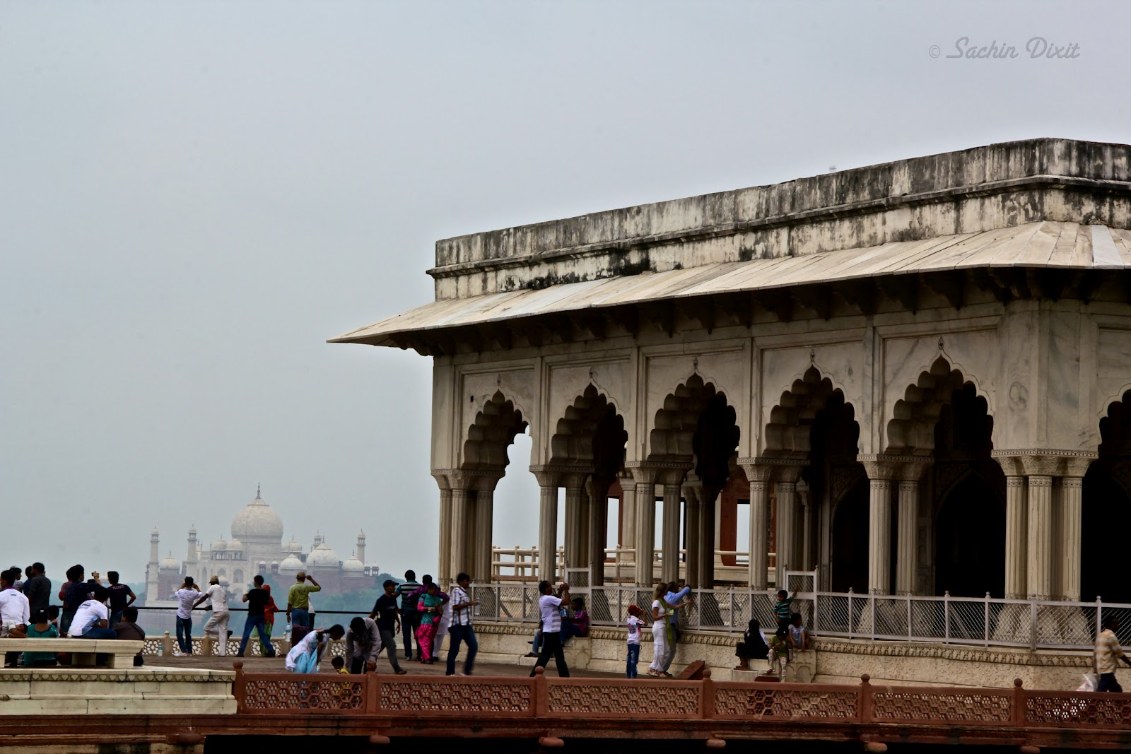 Travelogues agra land of the taj for Diwan e khas agra fort