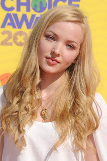 Dove Cameron HD Wallpapers