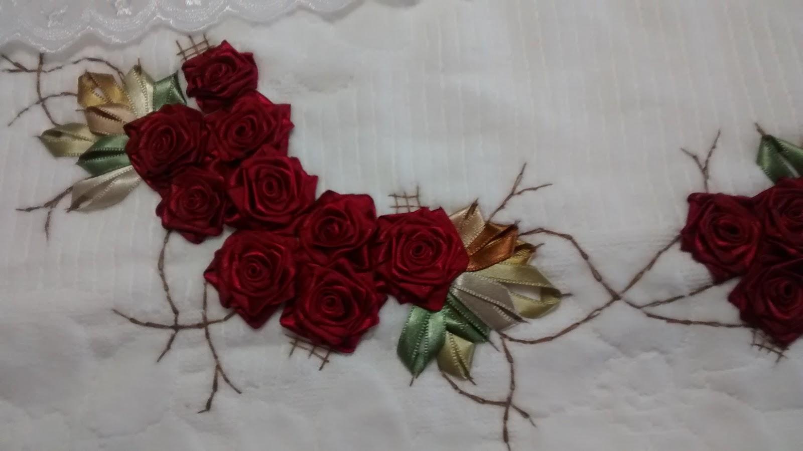 Armarinho Fernando Tatuape ~ LOY HANDCRAFTS, TOWELS EMBROYDERED WITH SATIN RIBBON ROSES CONJUNTO DE TOALHAS BANHO E ROSTO