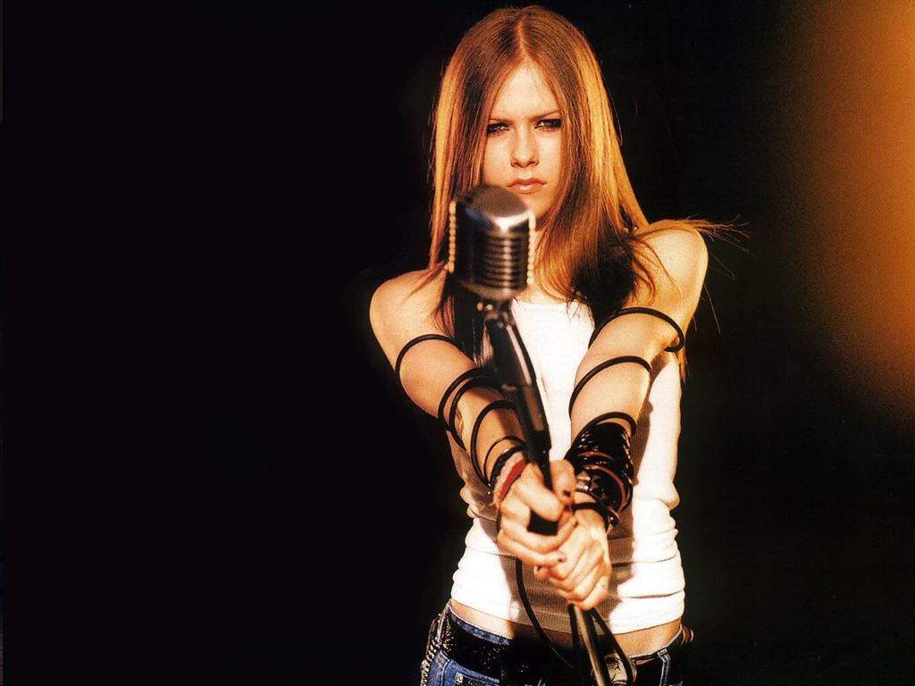 http://4.bp.blogspot.com/-ut87-GlG0eM/T0XVxKkEb6I/AAAAAAAADSA/QplGe_4ki64/s1600/Avril+Lavigne-1024x768-04.jpg