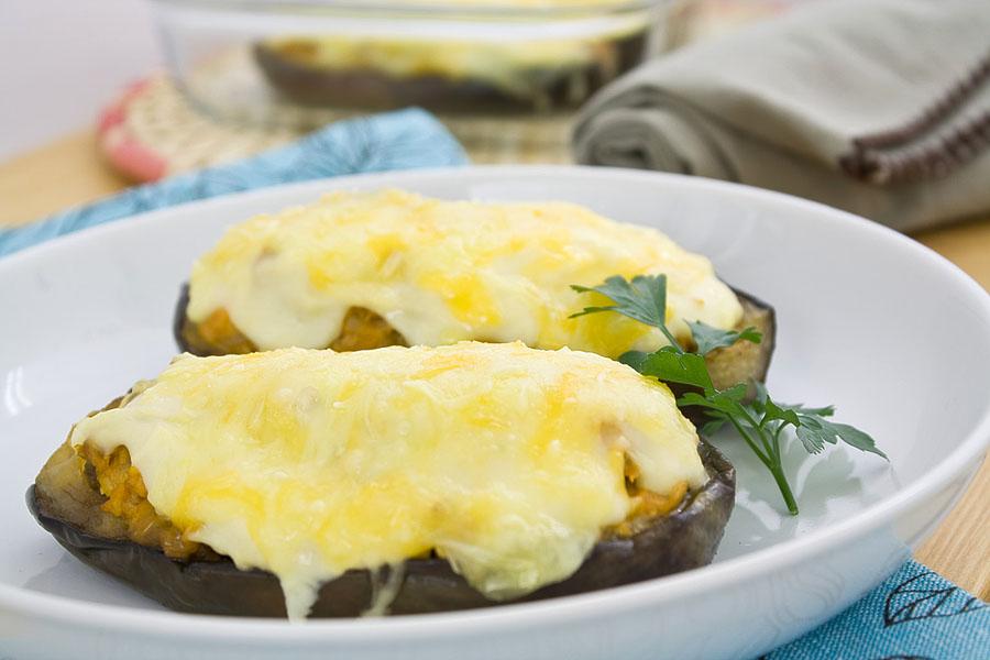 E cocinablog berenjenas rellenas de pollo for Cocina berenjenas rellenas