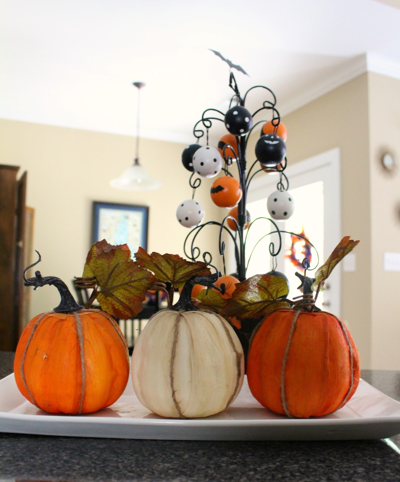 Halloween kitchen decor - Halloween Kitchen Halloween Decor