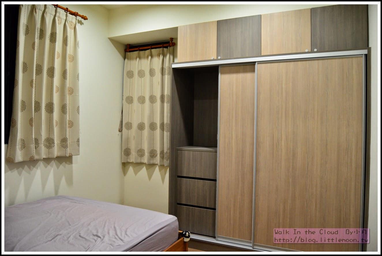 次臥系統櫃與窗簾