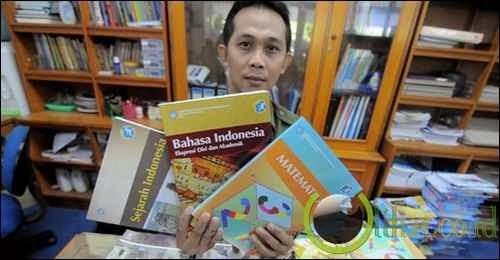 Bisnis Buku Teks Pelajaran