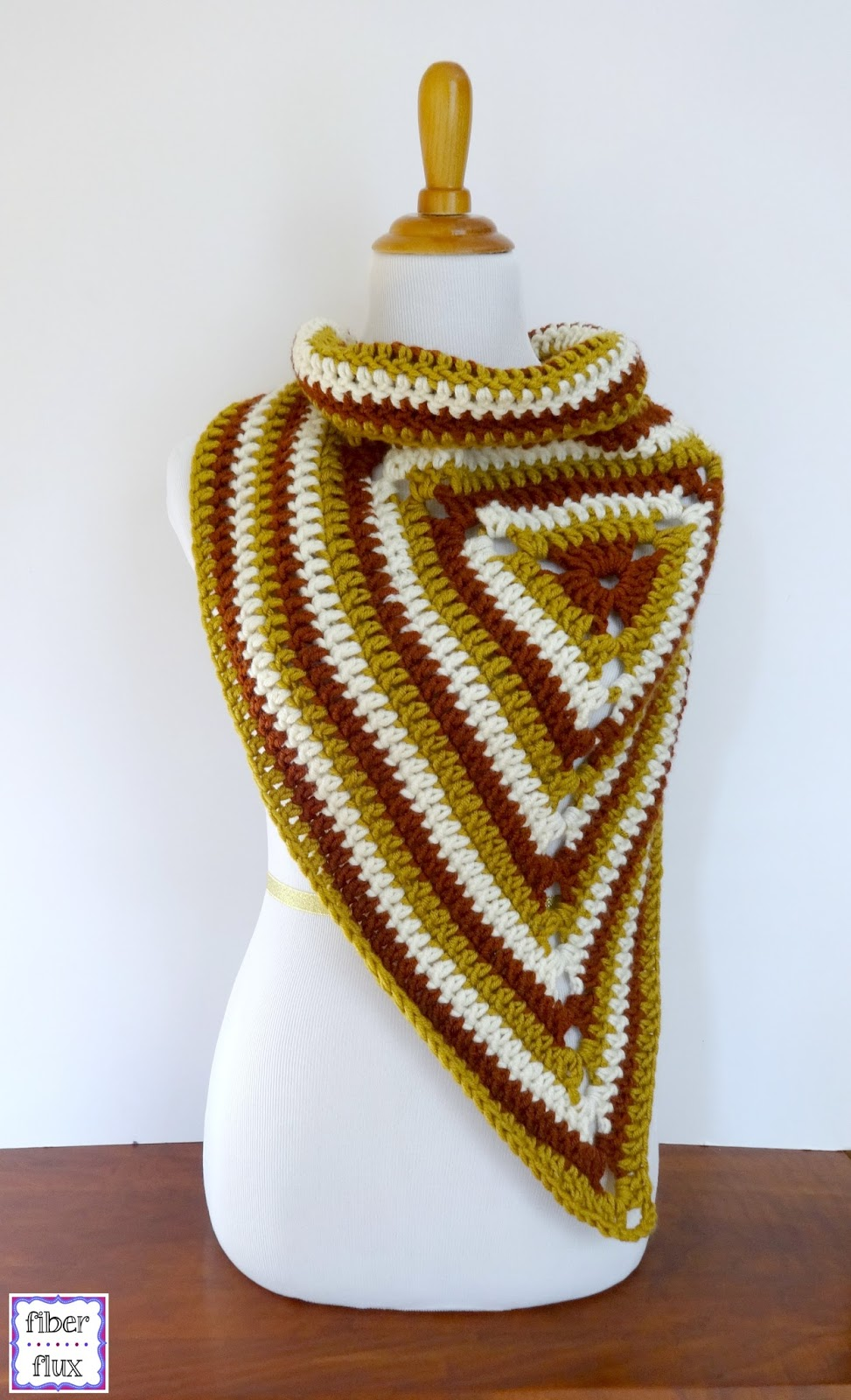 Fiber Flux: Free Crochet Pattern...Renaissance Button Wrap!