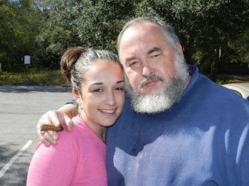Aramis Gonzalez Gonzalez Con Mi Hija Darlene Gonzalez Abreu, Enero 28, 2012