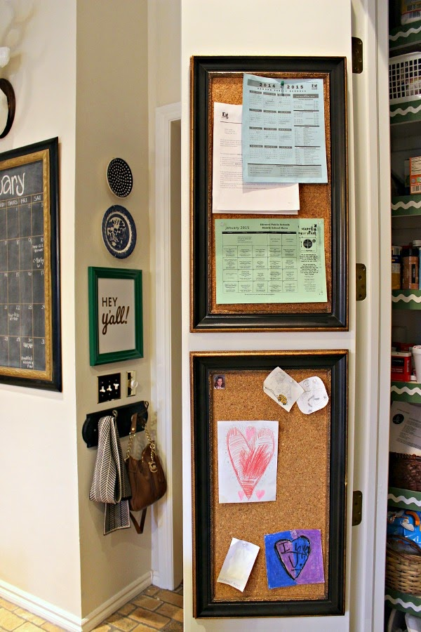 On the other door I stacked 2 of the bulletin boards I previously had on both of the doors. They\u0027re handy for school information and menus and cute notes ... & PANTRY DOOR ORGANIZATION: MINI COMMAND CENTER - Dimples and Tangles Pezcame.Com