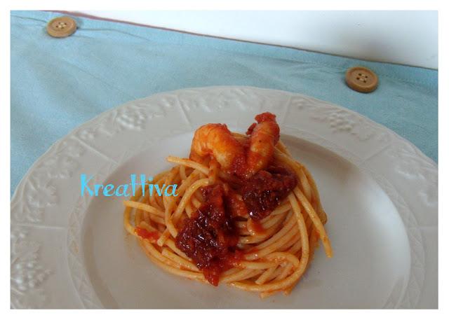 Spaghetti pomodori secchi e gamberi