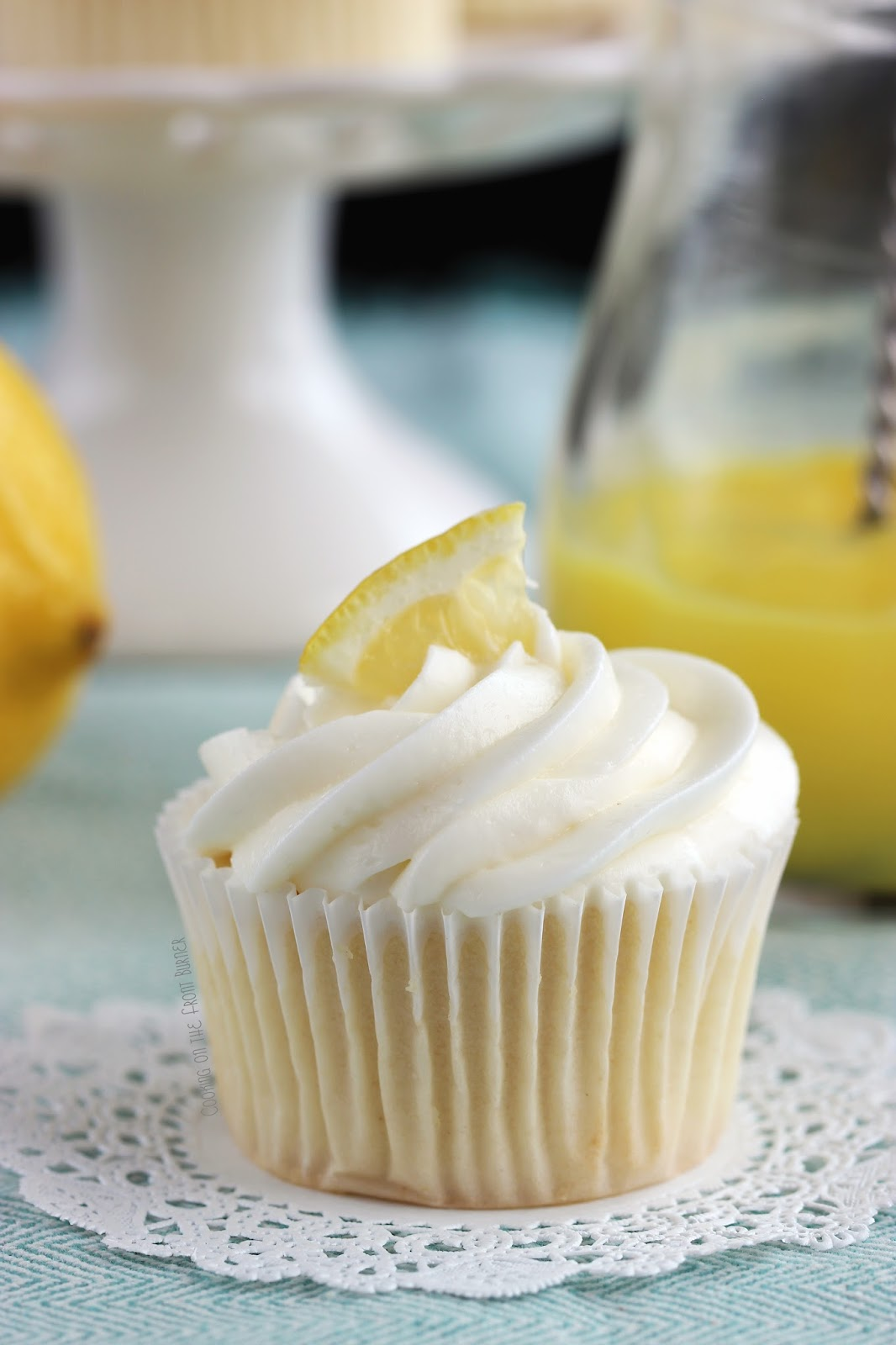 Limoncello Cupcake | Cooking on the Front Burner #limoncello #lemoncupcake