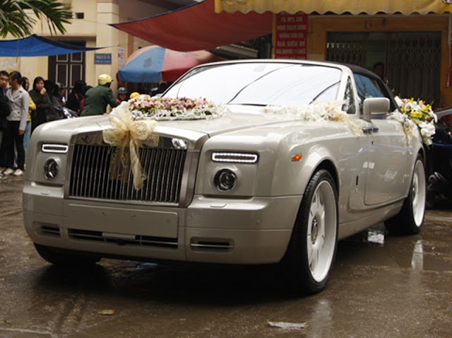 Cho thuê xe Rolls Royce Phantom