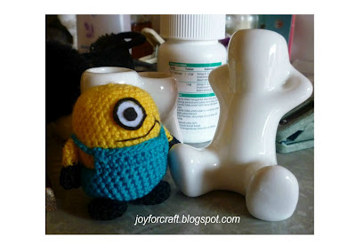 Crochet amigurumi mini minion pattern cute