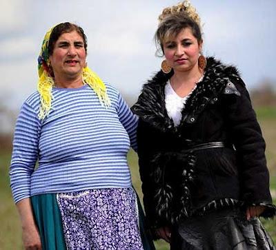 بالصور والفيديو في بلغاريا.. إشتري زوجتك في مزاد علني 3