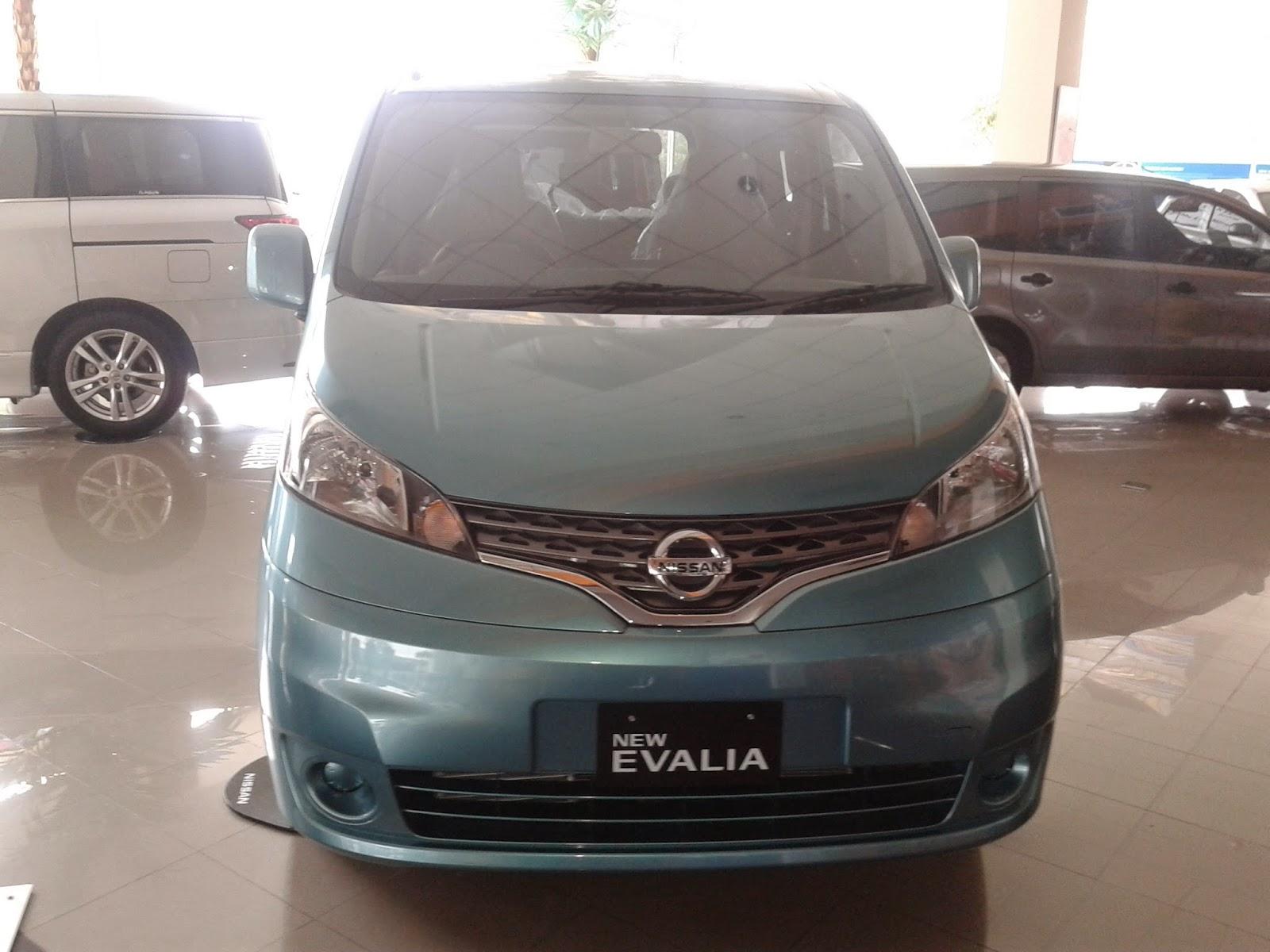 Eksterior Nissan Evalia