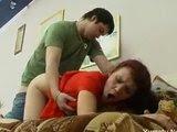 Russo comendo a mãe do amigo dele