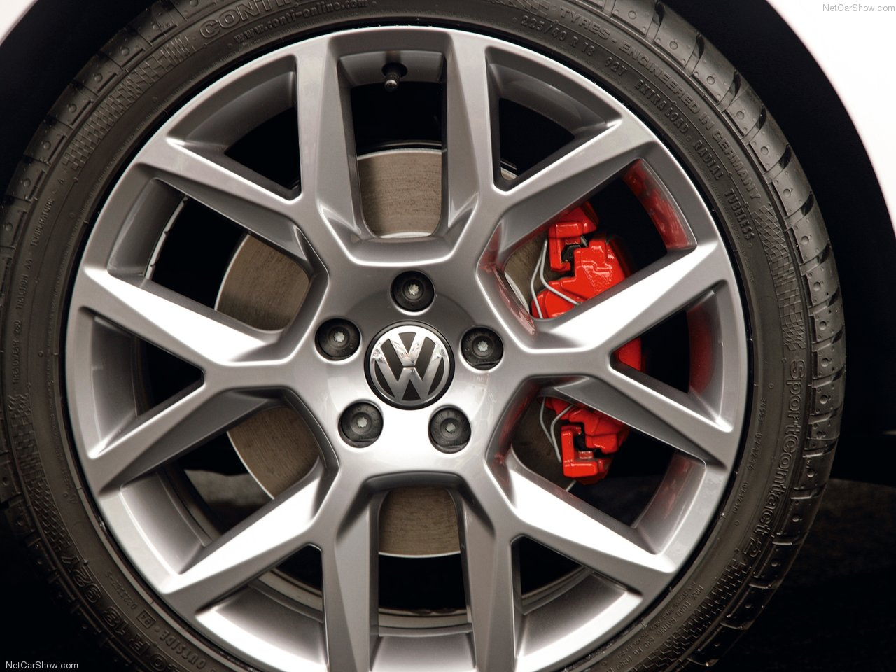 Simple Design Elements That Set The Vw Golf 6 Gti Edition