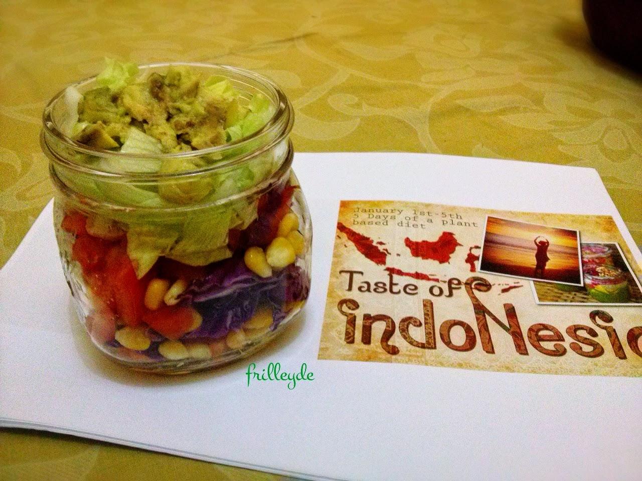 Salad In Jar W Mayo Dressing