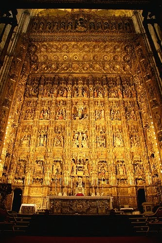 Cultura de sevilla un retablo entre colchones - Colchones sevilla ...