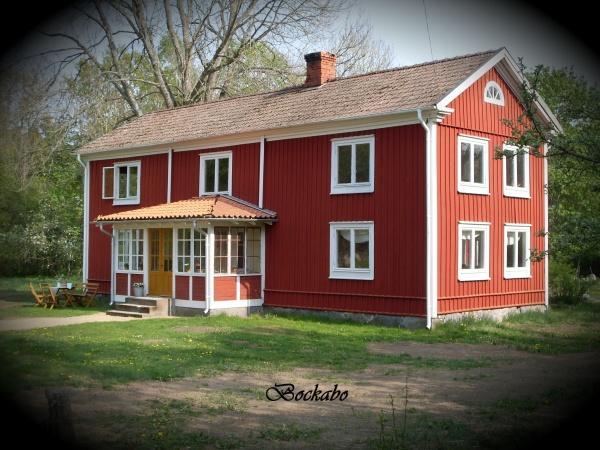 Sandy's Retro gård till salu