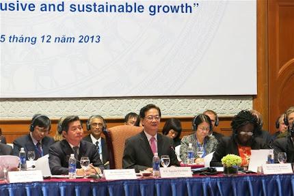 Thủ tướng Nguyễn Tấn Dũng dự VDPF 2013.