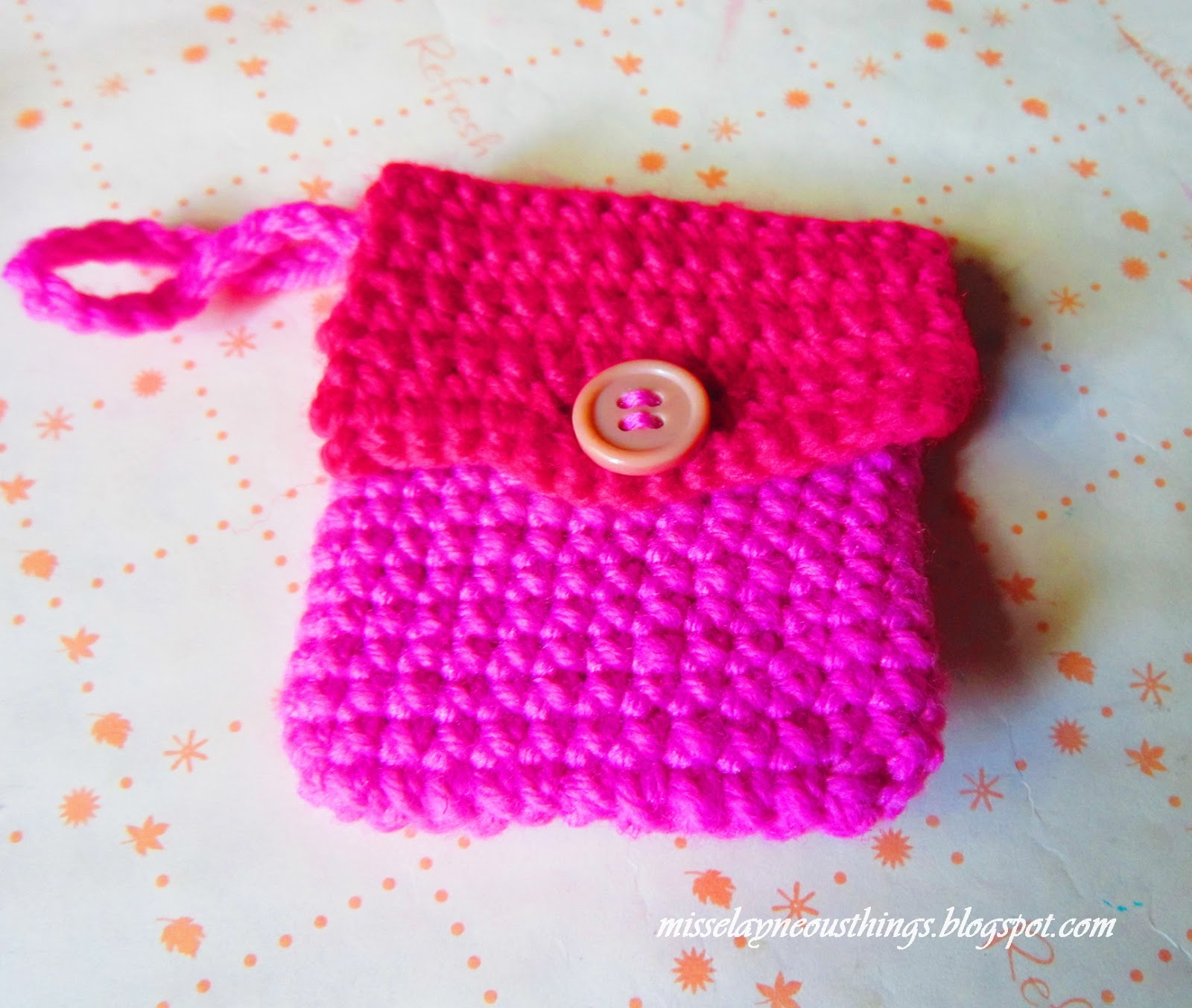Free Crochet Coin Purse pattern - A Blog about Misselayneous Things